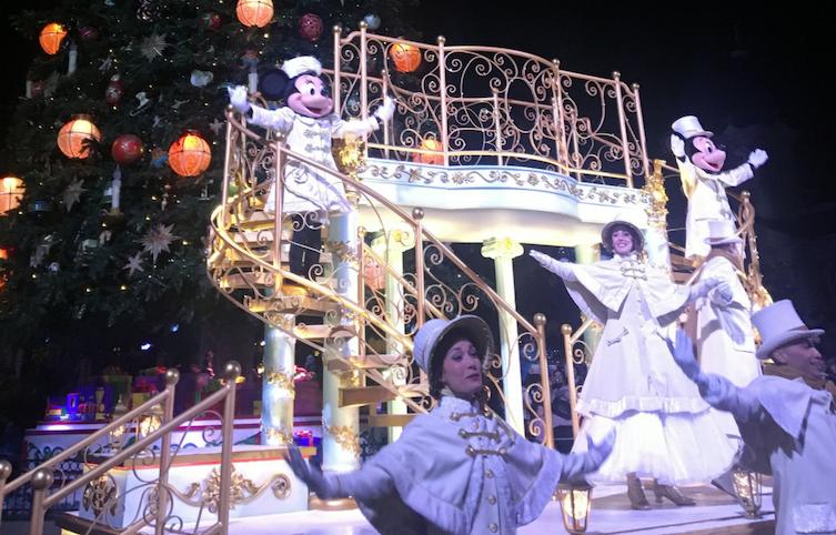ceremonia iluminacion navidad en disneyland paris