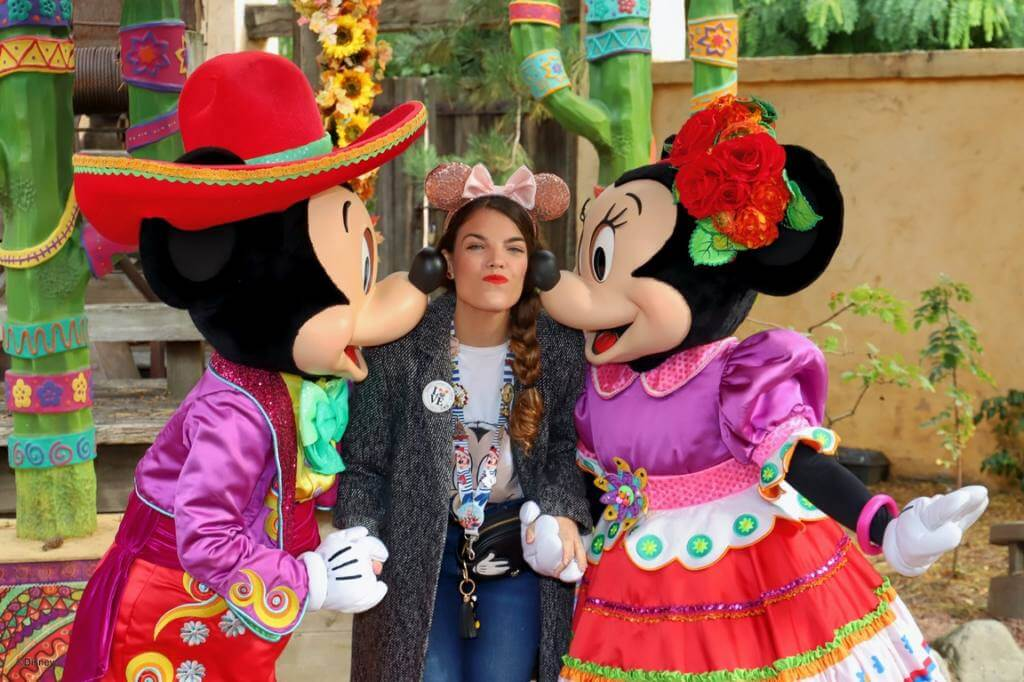 macarena con mickey and minnie